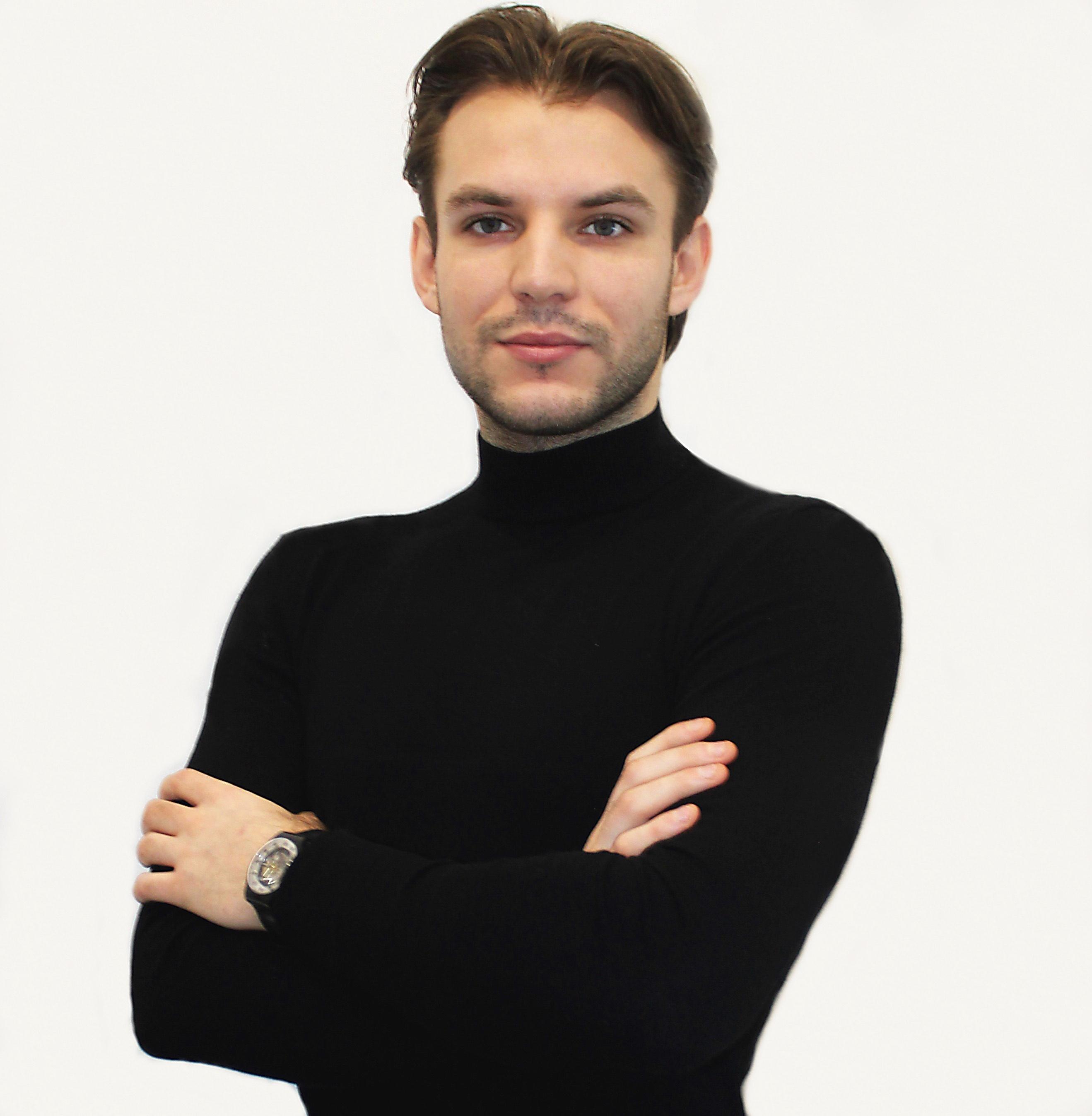 Adam  Szymczak