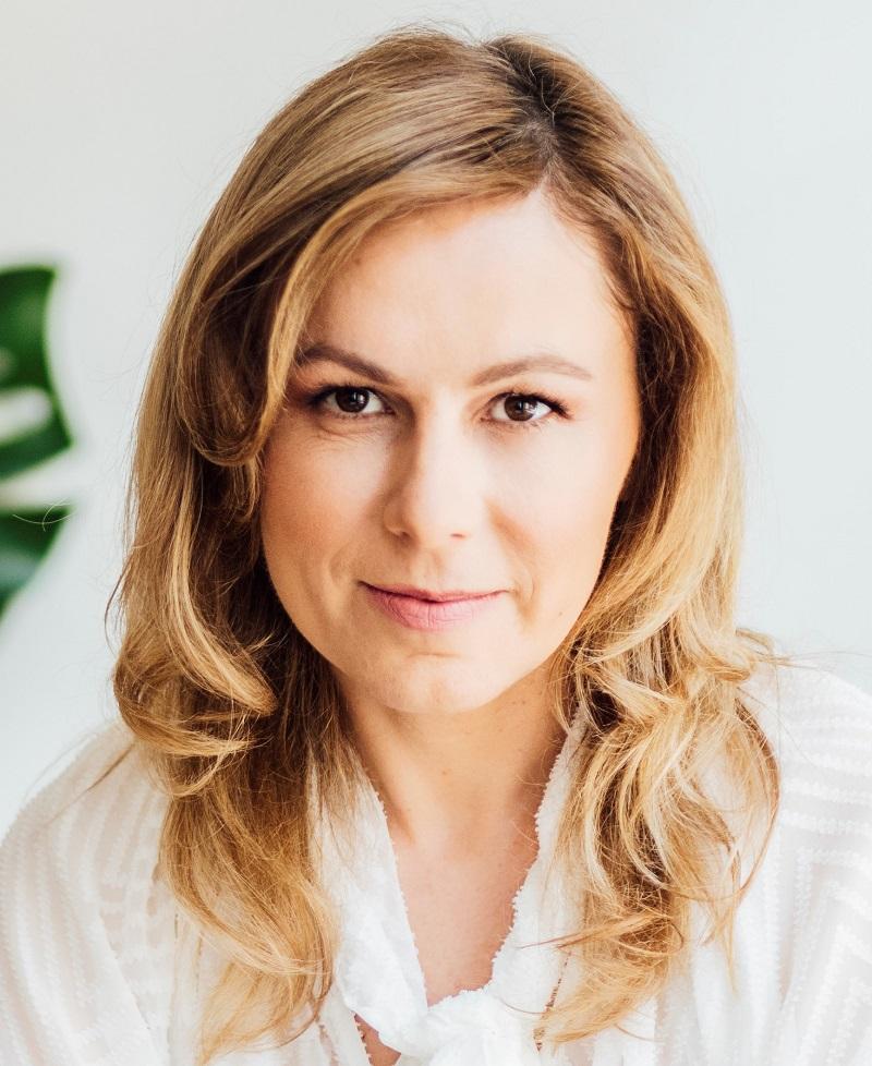 Anna  Sytek