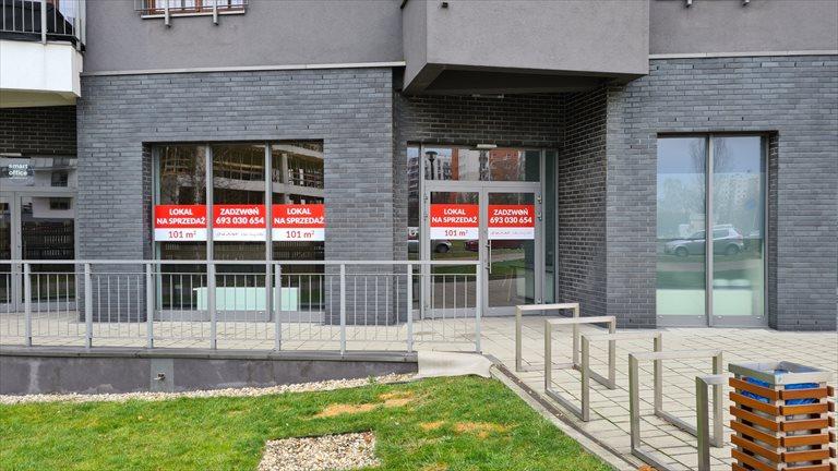 Nowy lokal użytkowy Dom w Dolinie Trzech Stawów - Lokal Usługowy Katowice, Sikorskiego 45  101m2 Foto 1