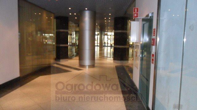 Lokal użytkowy na sprzedaż Warszawa, Śródmieście  78m2 Foto 1