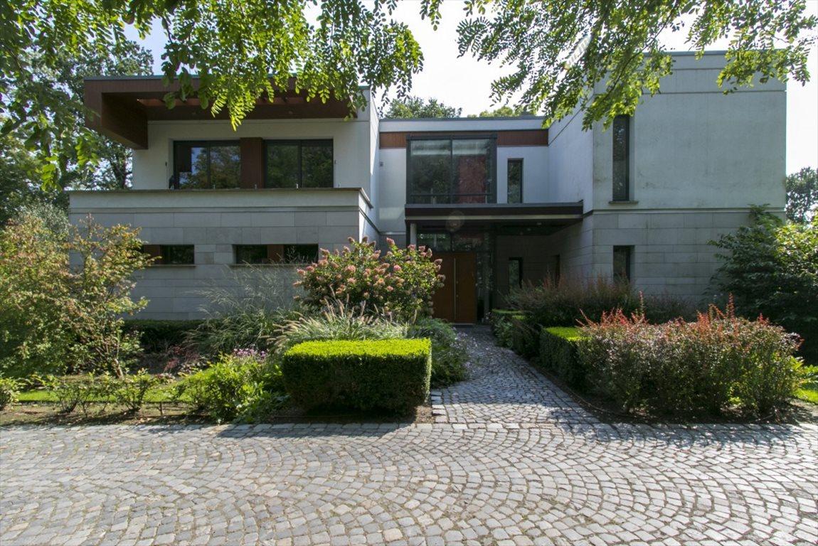 Dom na sprzedaż Strzykuły, Srebrzysta Aleja  460m2 Foto 1