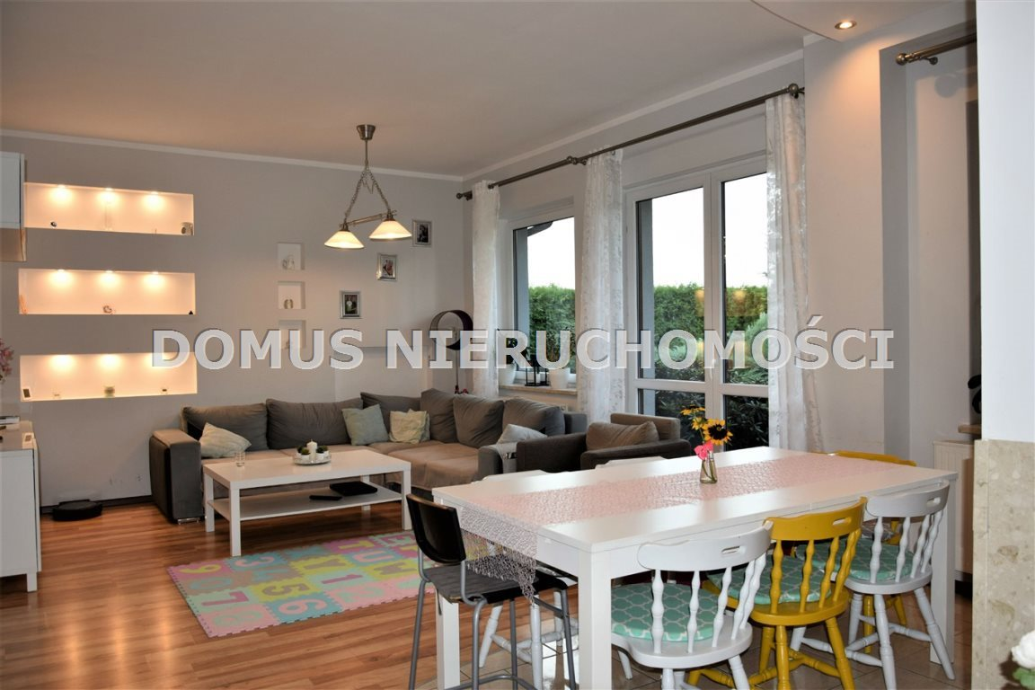 Dom na sprzedaż Łask  140m2 Foto 2