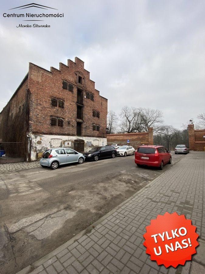 Lokal użytkowy na sprzedaż Chełmno  982m2 Foto 1