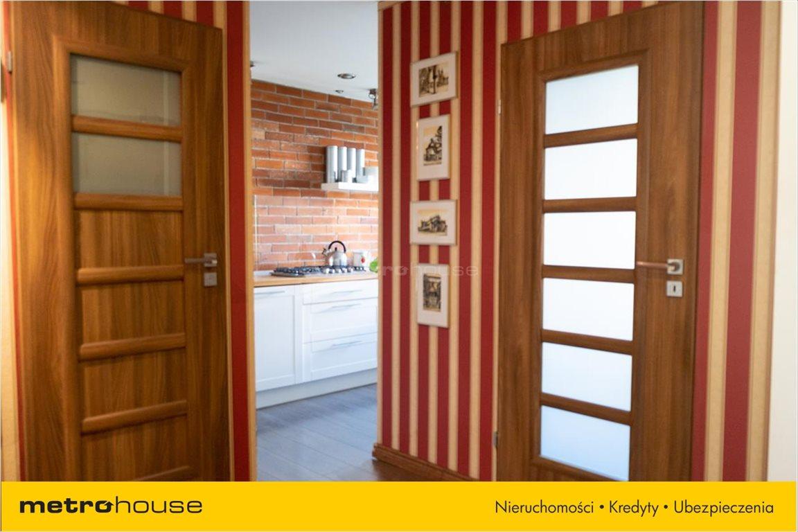 Mieszkanie trzypokojowe na sprzedaż Pabianice, Bugaj  61m2 Foto 2