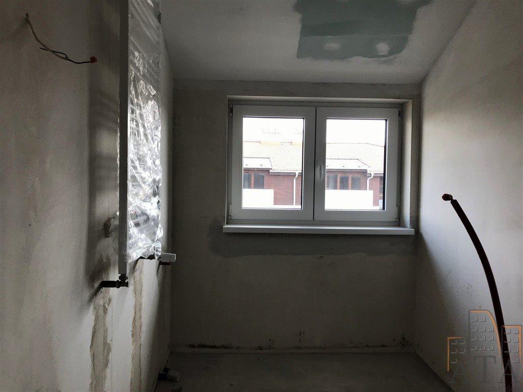 Mieszkanie trzypokojowe na sprzedaż Kiełczów  59m2 Foto 6