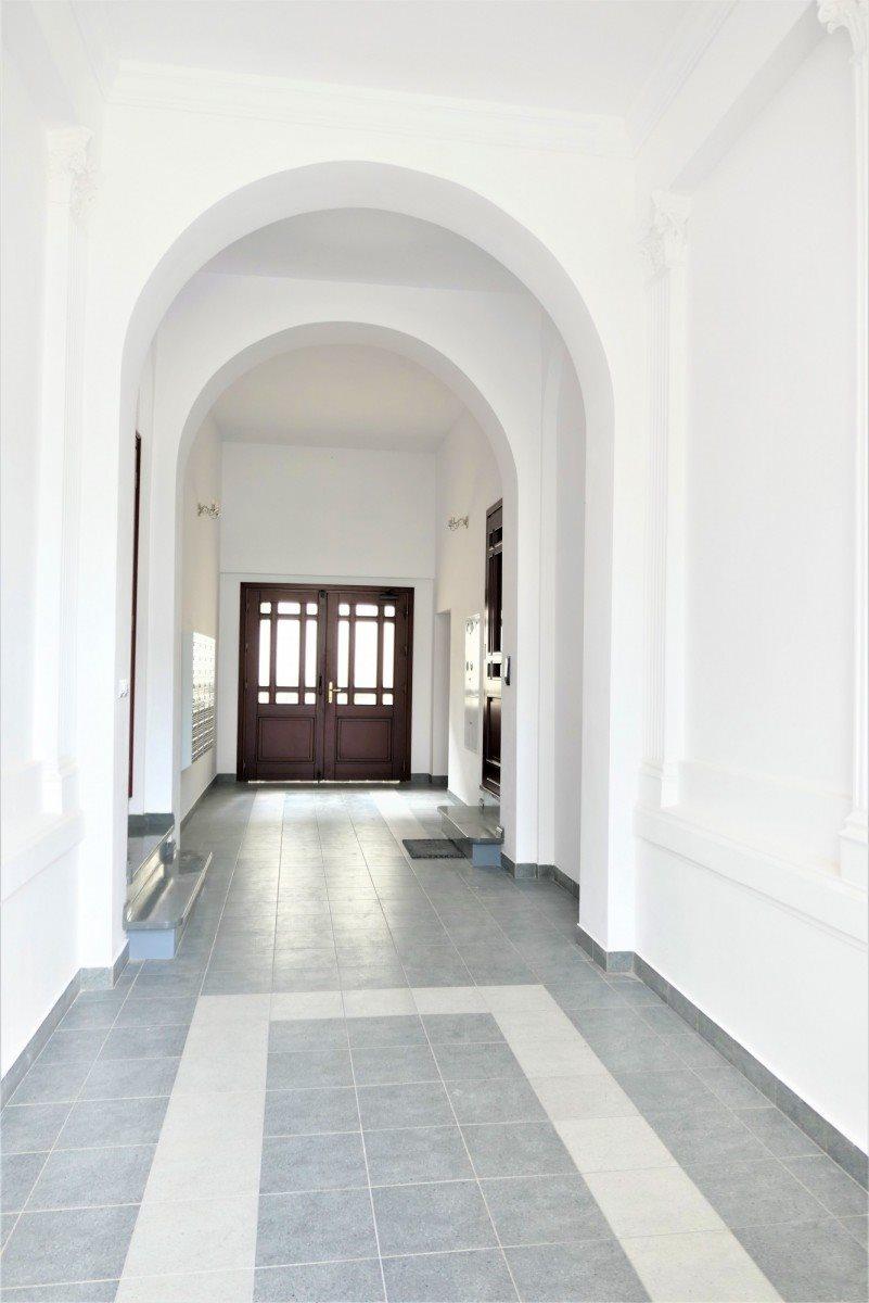 Mieszkanie dwupokojowe na sprzedaż Poznań, Centrum, ul. Półwiejska  33m2 Foto 2