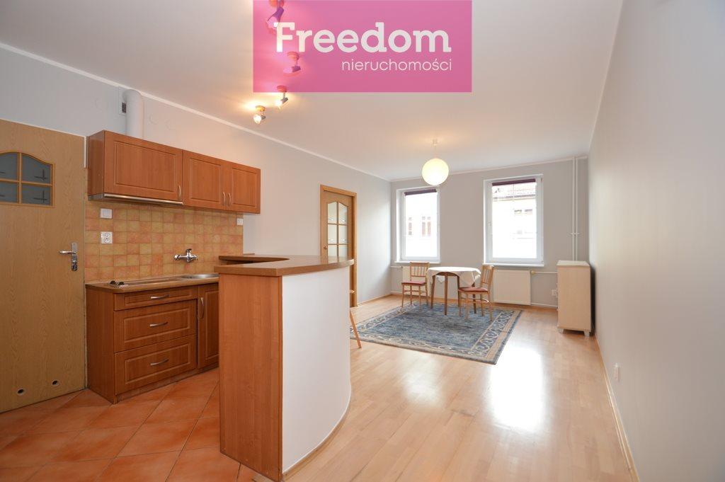 Mieszkanie dwupokojowe na wynajem Olsztyn, Śródmieście, Marii Curie-Skłodowskiej  39m2 Foto 5