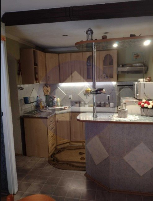 Mieszkanie trzypokojowe na sprzedaż Kudowa-Zdrój, Zdrojowa  69m2 Foto 1