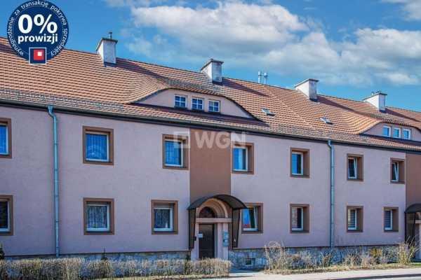 Mieszkanie czteropokojowe  na sprzedaż Bolesławiec, Staszica  45m2 Foto 1