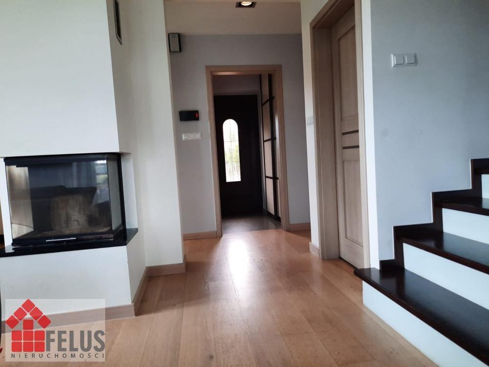 Dom na sprzedaż Czułówek  160m2 Foto 1