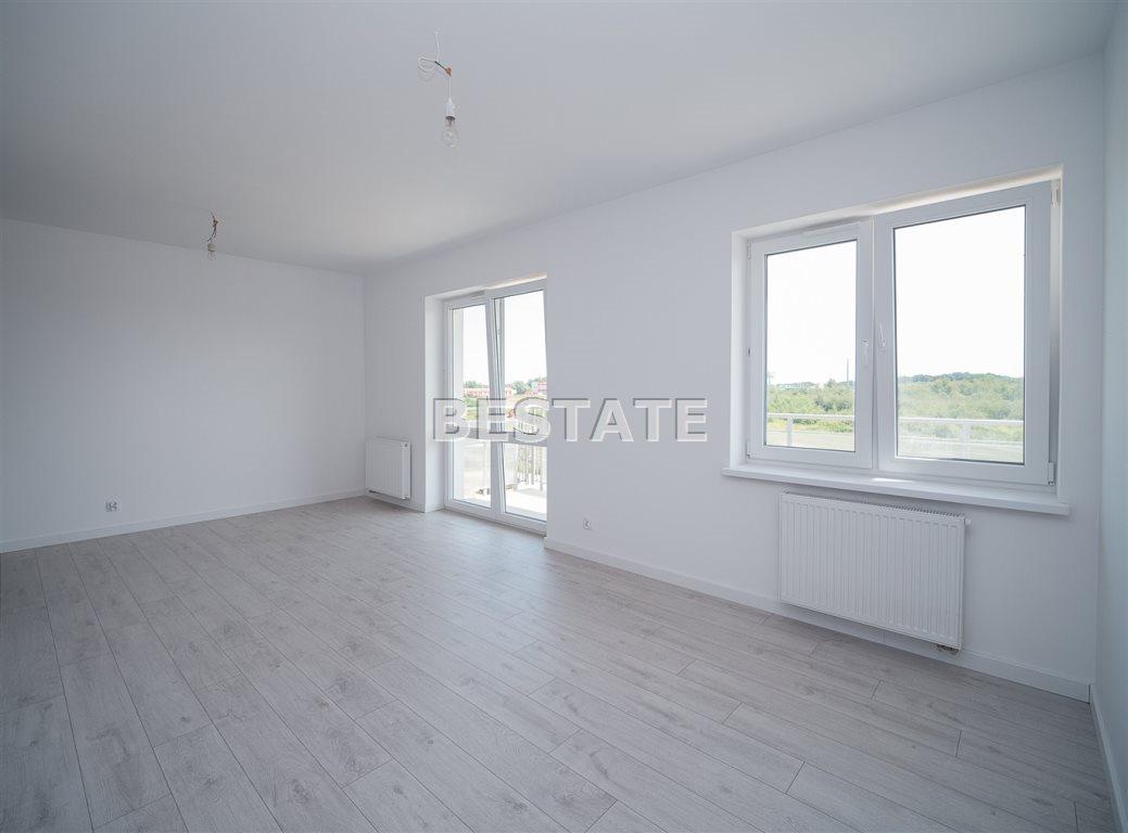 Mieszkanie dwupokojowe na sprzedaż Tarnów  52m2 Foto 1