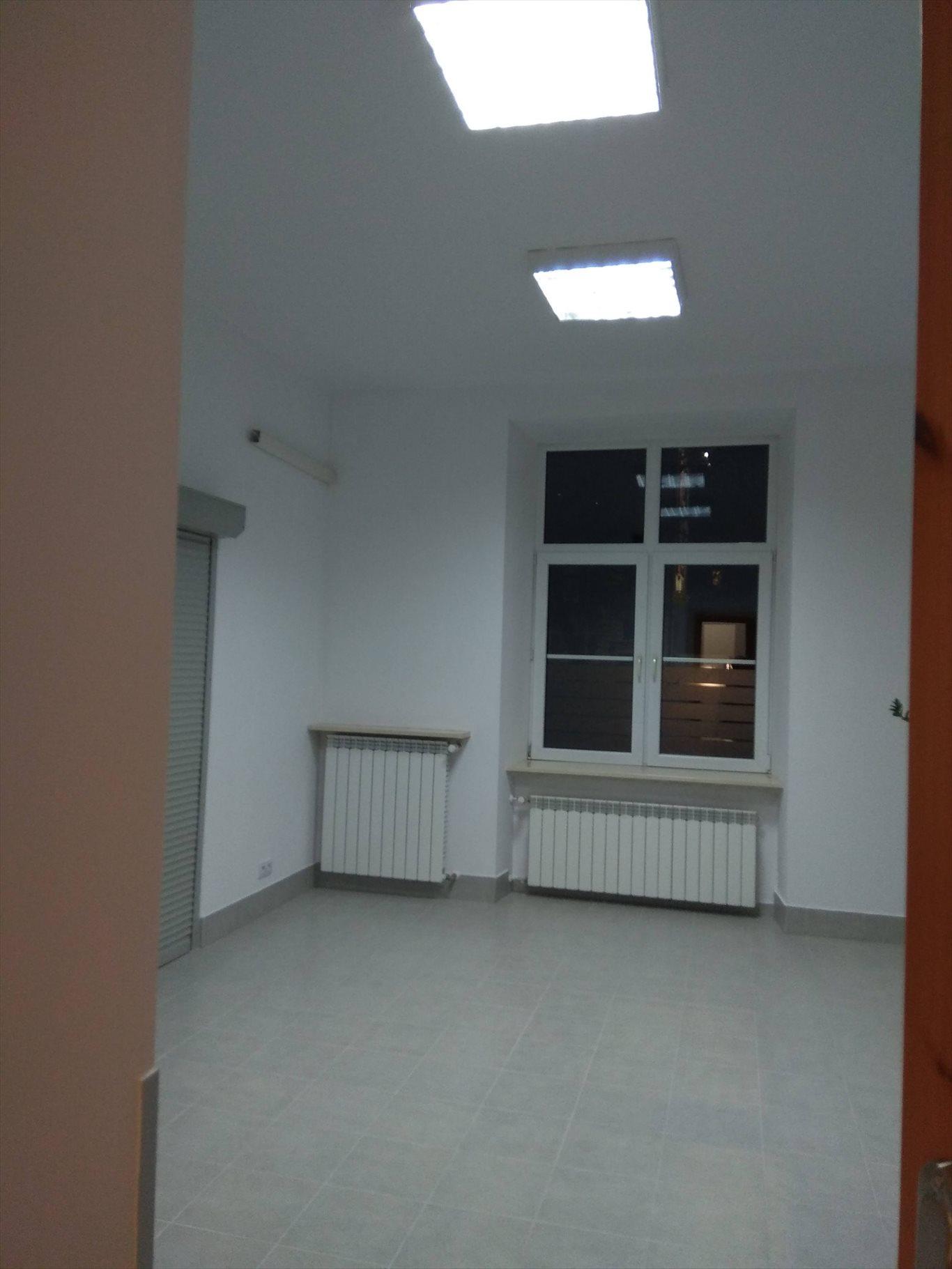 Lokal użytkowy na wynajem Kraków, Krowodrza, Pl. Inwalidów  78m2 Foto 3