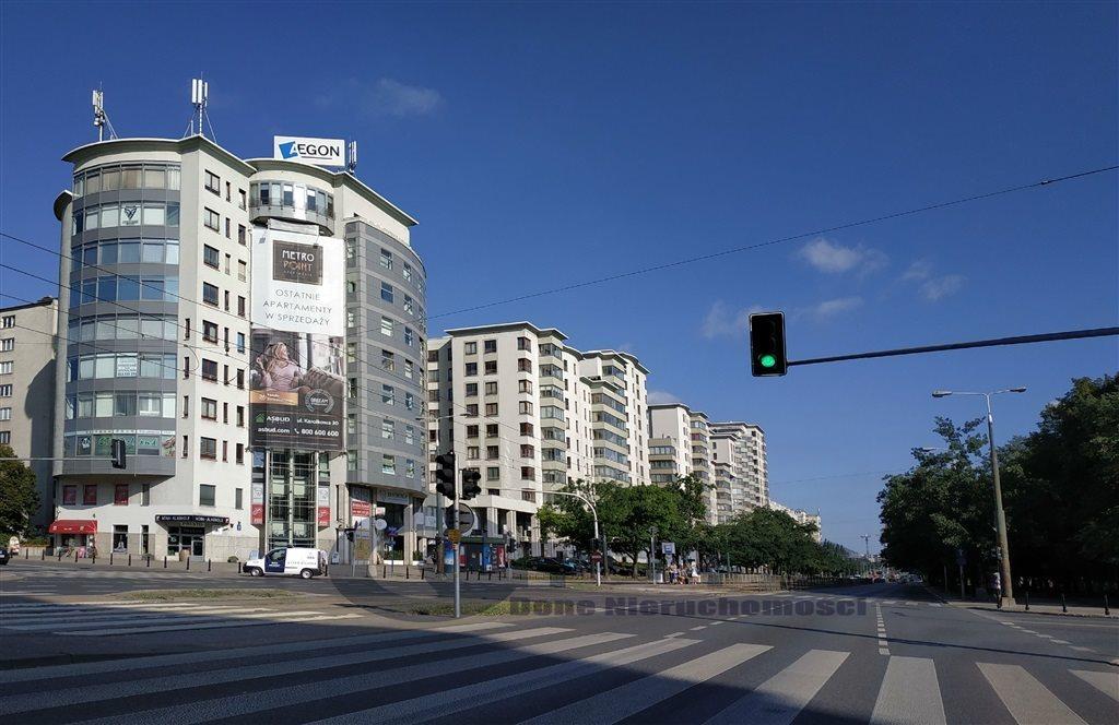 Mieszkanie trzypokojowe na wynajem Warszawa, Śródmieście, al. Jana Pawła II  82m2 Foto 1
