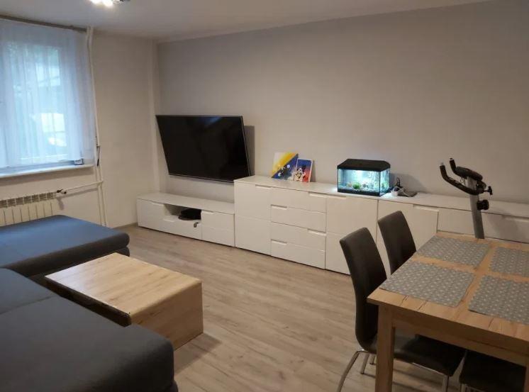 Mieszkanie trzypokojowe na sprzedaż Chorzów, Chorzów II, Szybowa  54m2 Foto 2