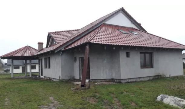 Dom na sprzedaż Nowa Wieś Malborska, Las, Pas nadmorski, Informacja w biurze  265m2 Foto 1