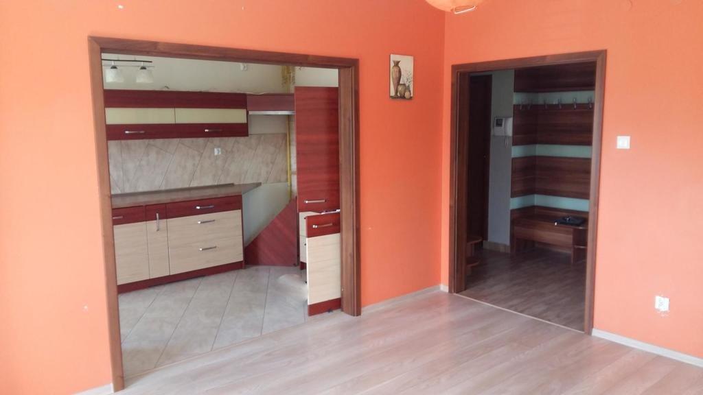 Mieszkanie dwupokojowe na sprzedaż Kielce, Szydłówek, Klonowa  53m2 Foto 1
