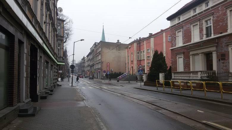 Lokal użytkowy na sprzedaż Chorzów  1441m2 Foto 1