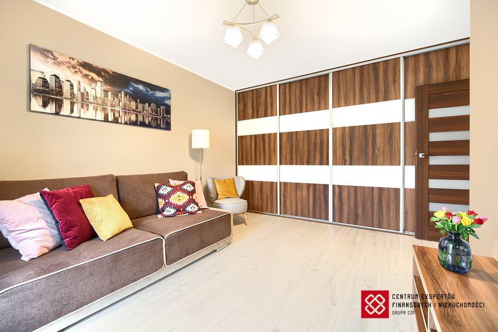 Mieszkanie dwupokojowe na sprzedaż Olsztyn, Bartąska  45m2 Foto 2