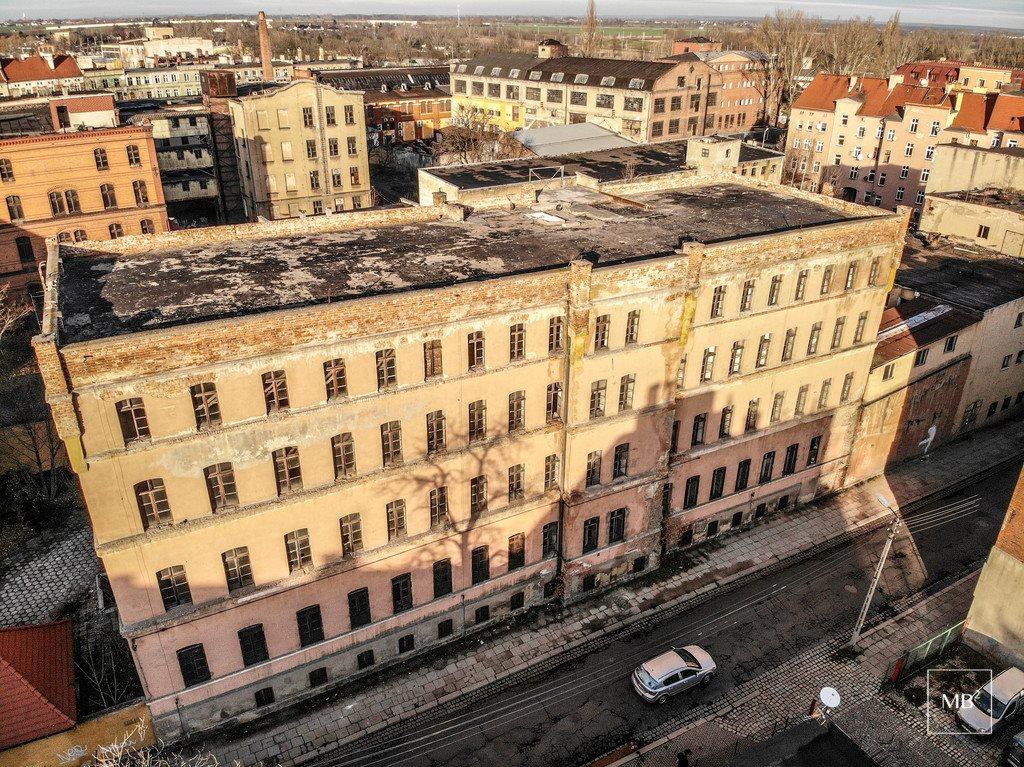 Dom na sprzedaż Legnica, Senatorska  2968m2 Foto 3