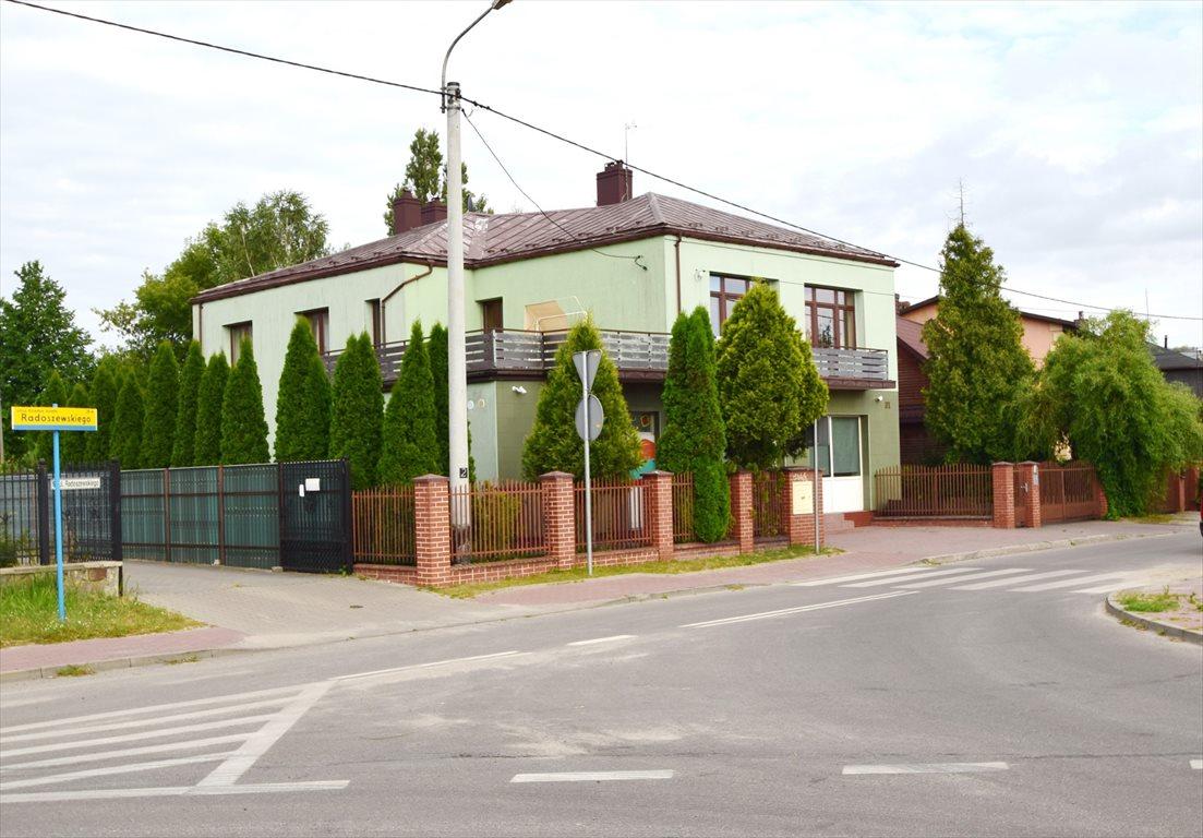 Dom na sprzedaż Starachowice  240m2 Foto 1