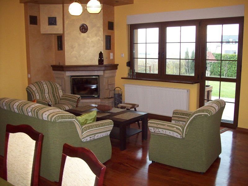 Dom na wynajem Kiełczów  184m2 Foto 3