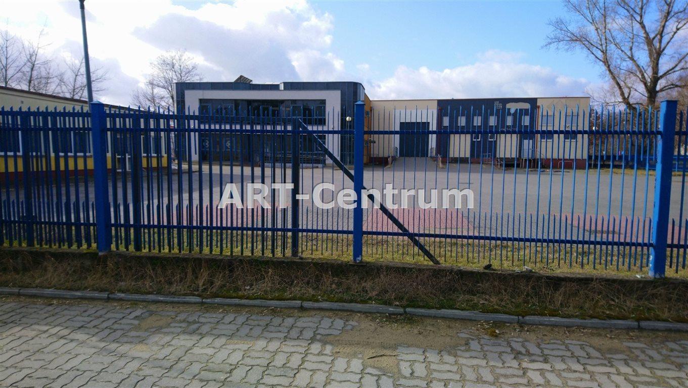 Lokal użytkowy na sprzedaż Toruń, Katarzynka  1636m2 Foto 1