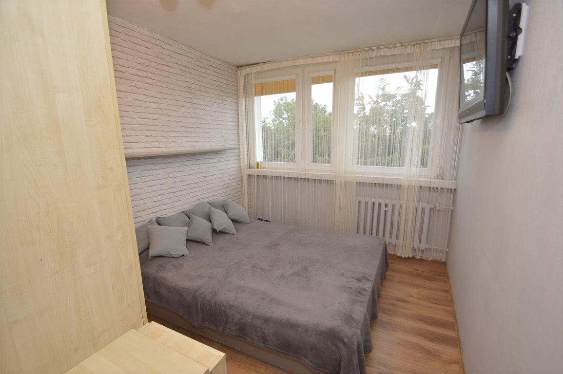 Mieszkanie dwupokojowe na sprzedaż Jawor  46m2 Foto 1