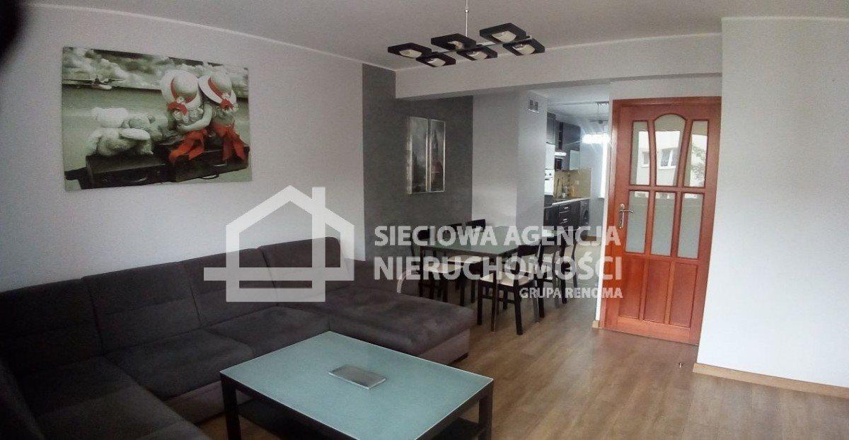 Mieszkanie trzypokojowe na wynajem Gdynia, Redłowo, Legionów  75m2 Foto 1
