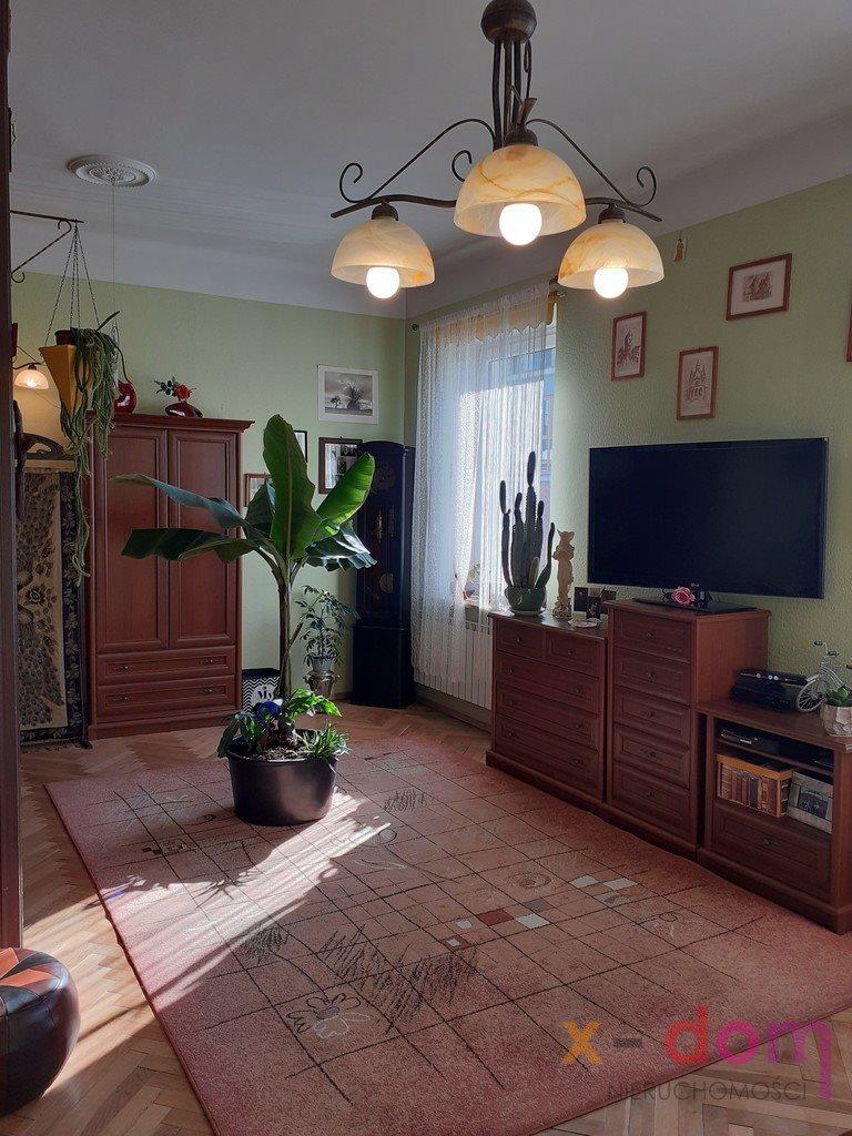 Mieszkanie dwupokojowe na sprzedaż Kielce, Centrum  70m2 Foto 2