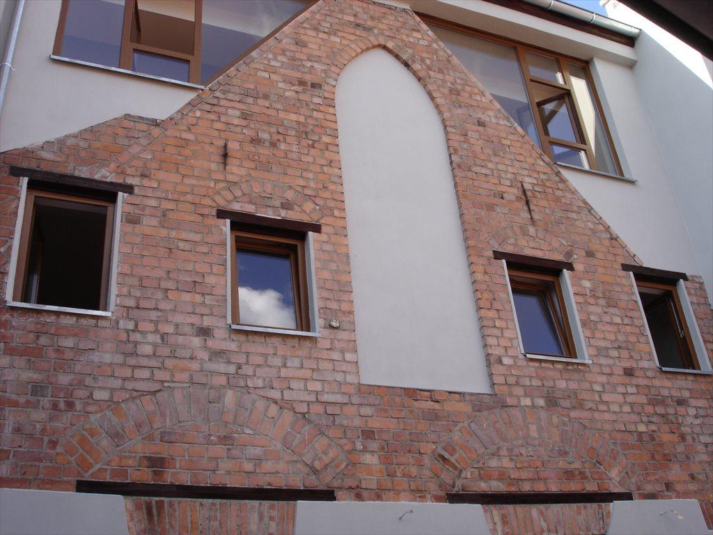 Lokal użytkowy na sprzedaż Toruń, Stare Miasto  675m2 Foto 1