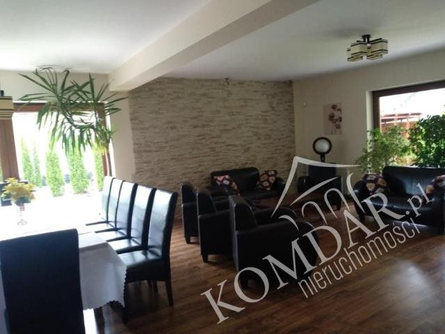 Dom na sprzedaż Jadwisin, Jadwisin  216m2 Foto 1