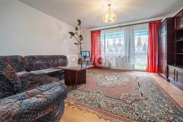 Mieszkanie dwupokojowe na wynajem Bolesławiec, Staroszkolna  49m2 Foto 1