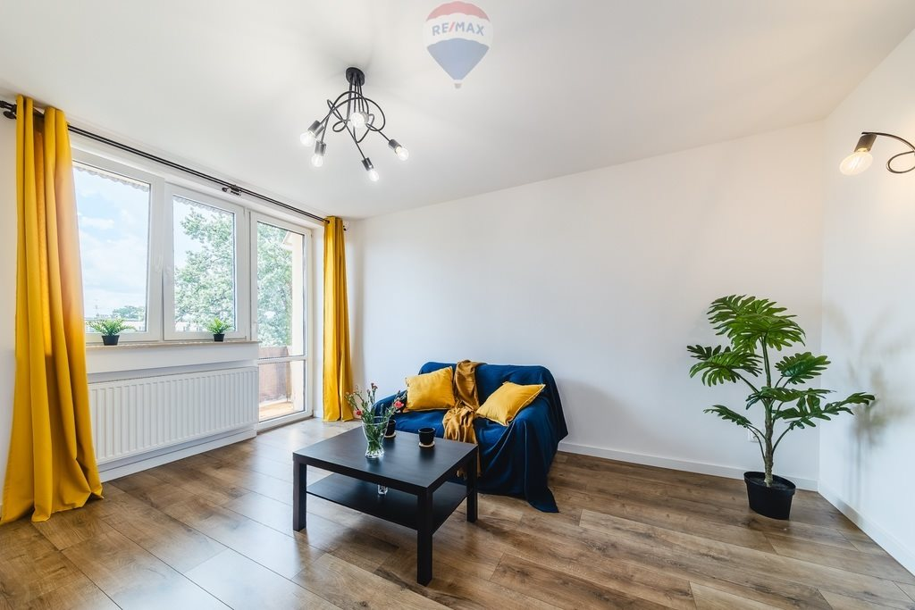 Mieszkanie dwupokojowe na sprzedaż Nowy Sącz, al. Stefana Batorego  46m2 Foto 2
