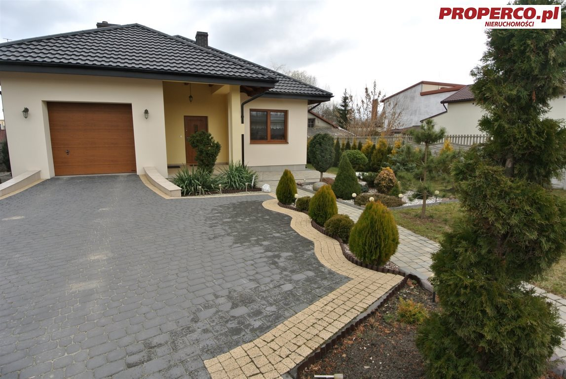 Dom na sprzedaż Włoszczowa  159m2 Foto 1