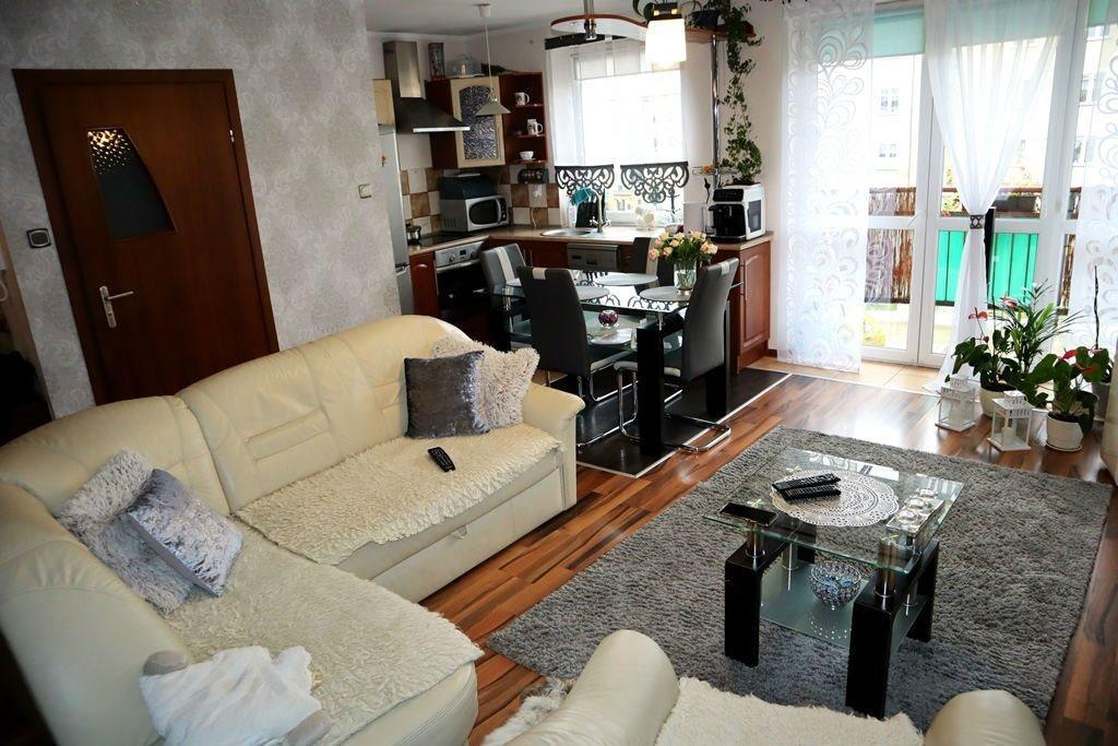 Mieszkanie trzypokojowe na sprzedaż Ełk, Osiedle Jeziorna  63m2 Foto 4