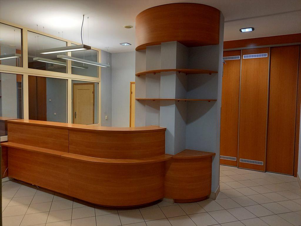 Lokal użytkowy na sprzedaż Stalowa Wola, Centrum, Popiełuszki  229m2 Foto 2