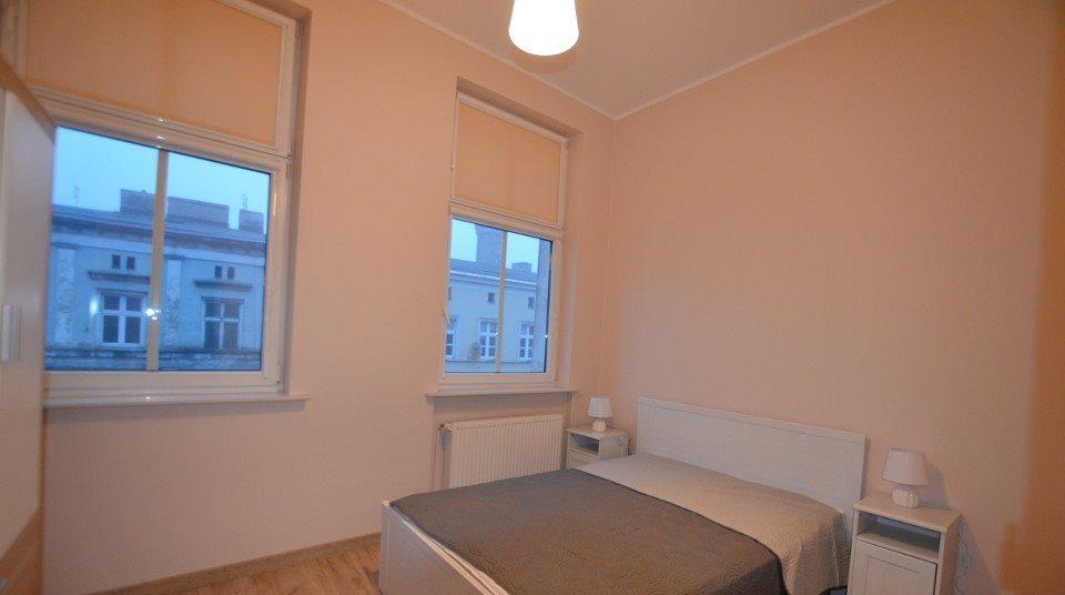 Mieszkanie dwupokojowe na wynajem Gniezno, Mieszka I  70m2 Foto 7