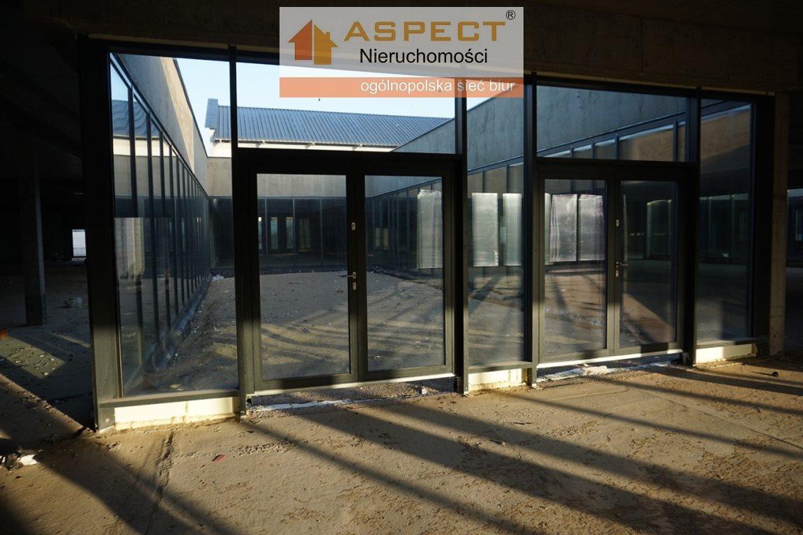 Lokal użytkowy na sprzedaż Miłomłyn, Miłomłyn, Miłomłyn  5477m2 Foto 2