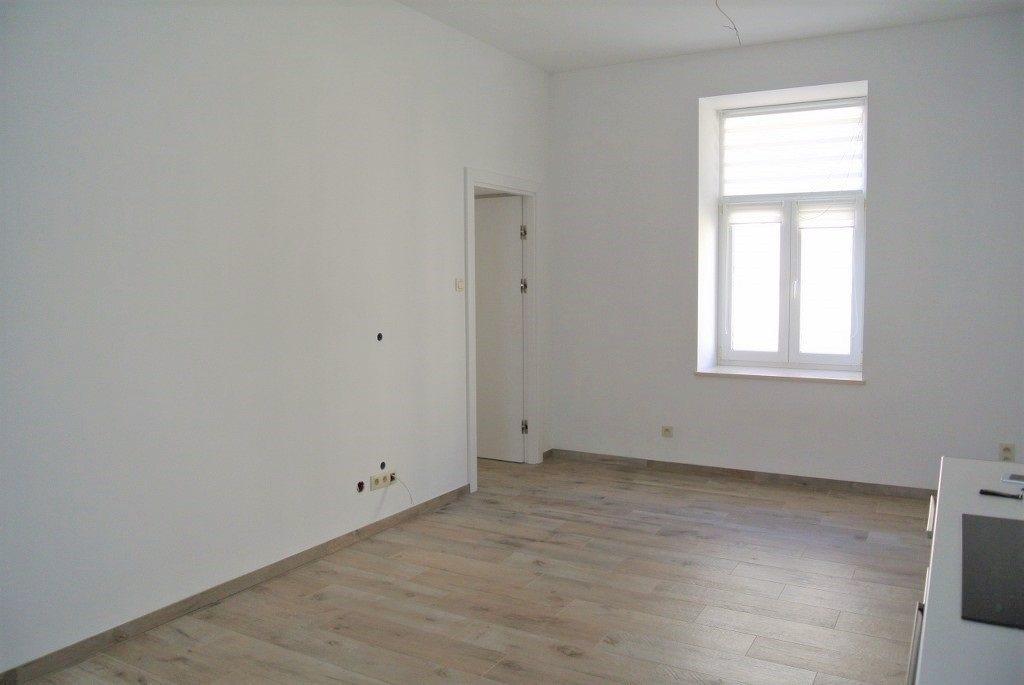 Mieszkanie dwupokojowe na wynajem Kielce, Centrum  44m2 Foto 3