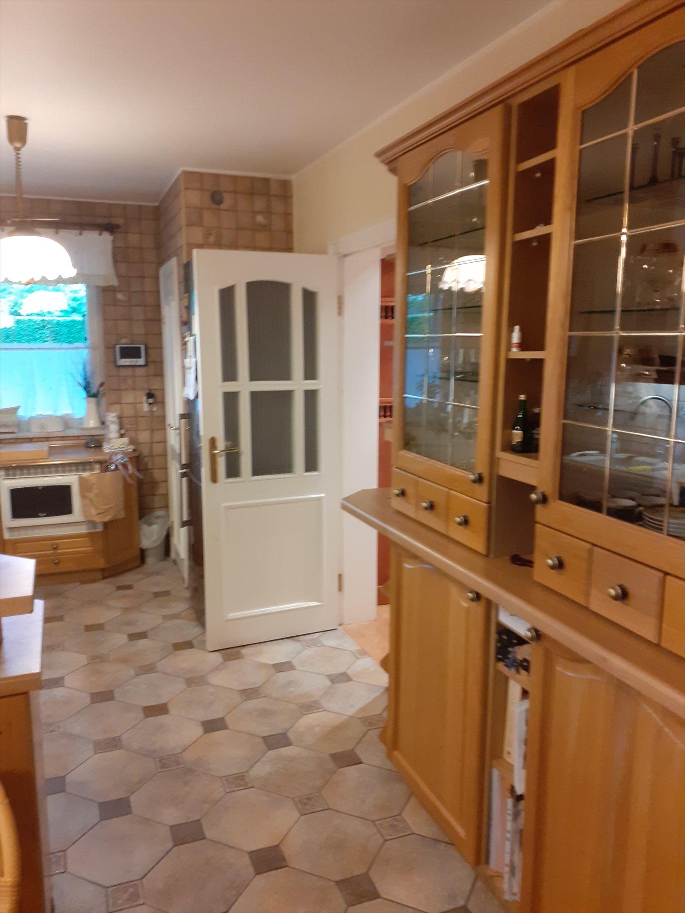 Dom na sprzedaż Tarnowskie Góry, Tarnowskie Góry  400m2 Foto 5