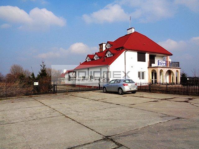 Lokal użytkowy na wynajem Zduny  326m2 Foto 1