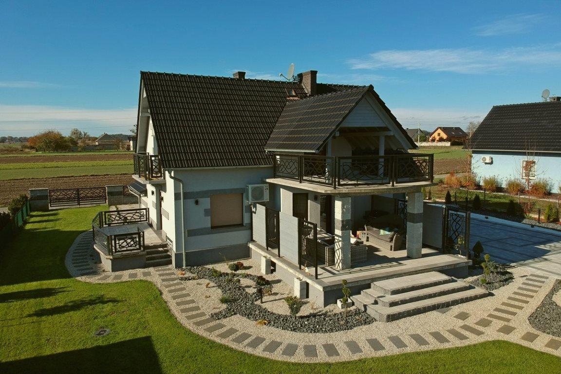 Dom na sprzedaż Steblów  160m2 Foto 3