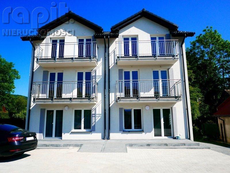 Mieszkanie trzypokojowe na sprzedaż Myślenice, Górne Przedmieście  74m2 Foto 1