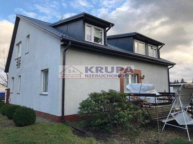 Dom na sprzedaż Borzęcin Duży  200m2 Foto 1