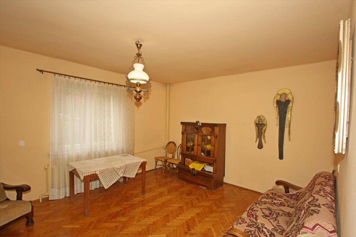 Dom na sprzedaż Nałęczów  180m2 Foto 1
