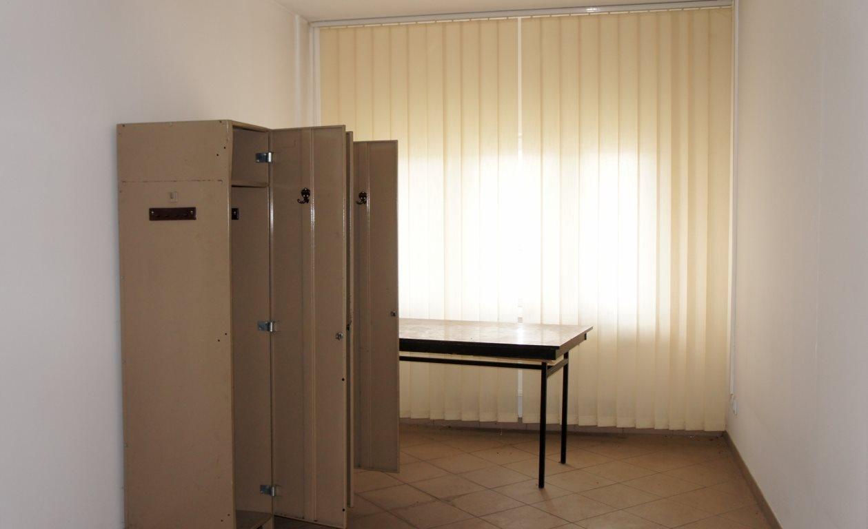 Lokal użytkowy na wynajem Rzeszów, Staroniwa  70m2 Foto 2