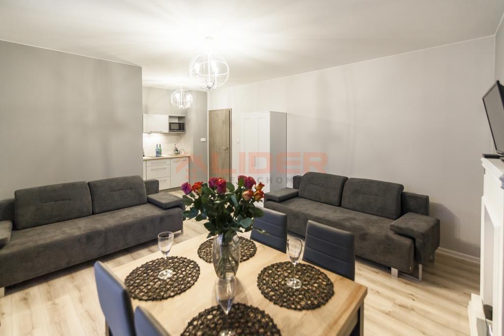 Mieszkanie czteropokojowe  na sprzedaż Białystok, Os. Piasta  84m2 Foto 2