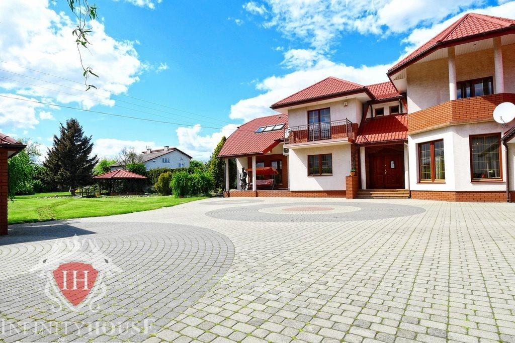 Dom na sprzedaż Stare Lipiny  350m2 Foto 1