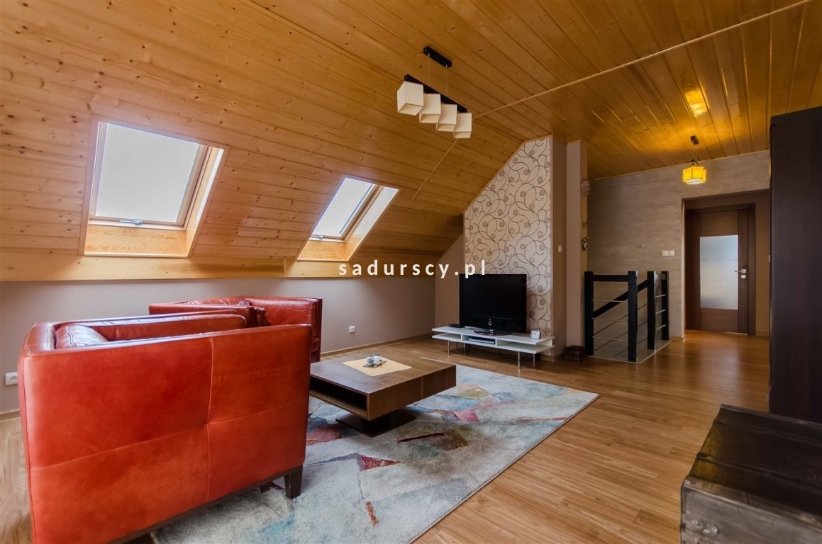 Dom na sprzedaż Lipnica Murowana  221m2 Foto 1
