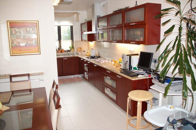 Dom na sprzedaż Józefosław  188m2 Foto 1